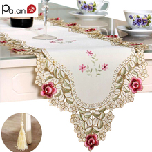 Pastoral Table Runner Embroidered Flower Leaves Hollow Polyester Covers Dustproof Decor for Home Party Wedding P