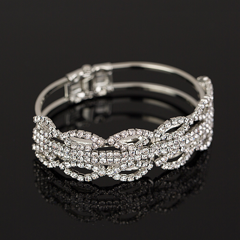 YFJEWE new Fashion Jewelry Women/Lady's Wedding Party Accessories Clear Austrian Crystal Gifts Bracelets & Bangles #B070