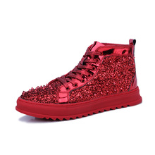 26e9a74ad7c3 Top Qualität Mode Männer Hohe Top Britischen Stil Rrivet Schuhe Männer  Kausalen Luxus Schuhe Rot Gold Schwarz Unterseite gummi S..