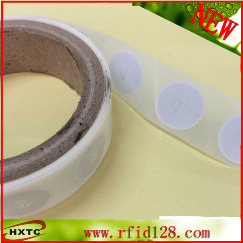 200PCS/ lot 13.56Mhz RFID NFC Smart Ntag 215 chip Sticker Tag Card Token Support NFC mobile Phone Free Shipping nfc sticker ntag203 tag 13 56mhz 144 bytes rfid tag smart card support for all smart phones 100pcs