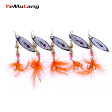 YeMuLang 1 piece Metal Hard Fishing Lure Spoon With Feathers Treble Hook Souple Peche For Fishing Tackle