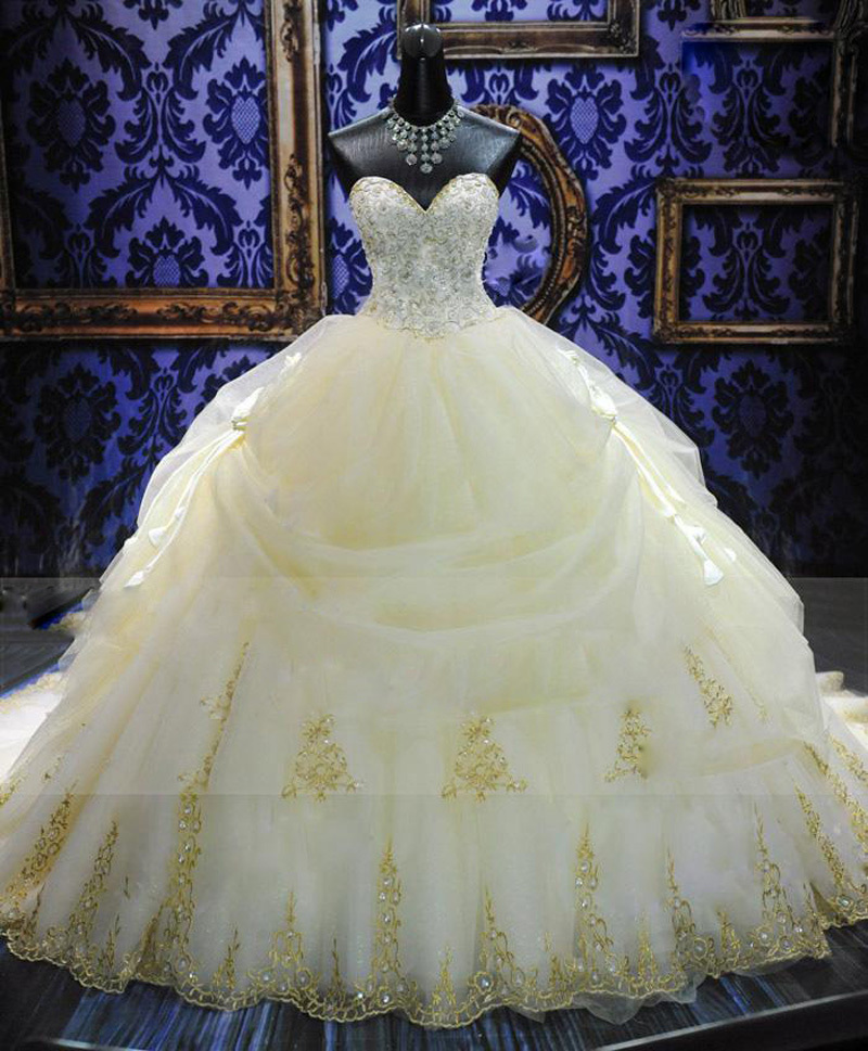 Gorgeous Golden Embroidery Ball Gown Wedding Dress 2018 Vintage Cathedral Train Vestido De Noiva High Quality Wedding Gowns