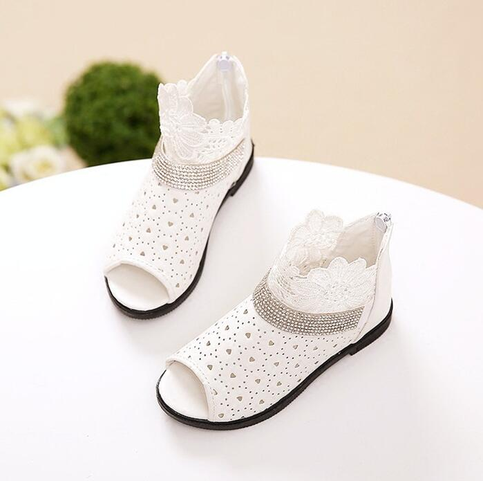 2018 Summer New Girls Sandals Korean Princess Shoes Child Lace Baby Shoes Hollow Fish mouth big/little kids Student Cool boots