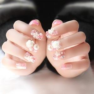Full Cover Fake False Nails With Glue Faux Ongles 24 pcs Set Wedding Bride  Nail Art b0ae3a6ad036