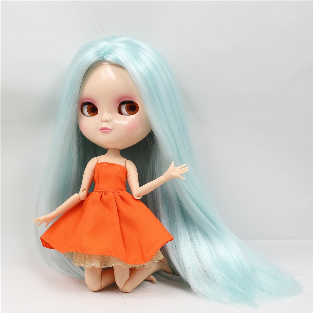 Neo Blythe Doll with Pale Blue Hair, White Skin, Shiny Face & Jointed Azone Body 4