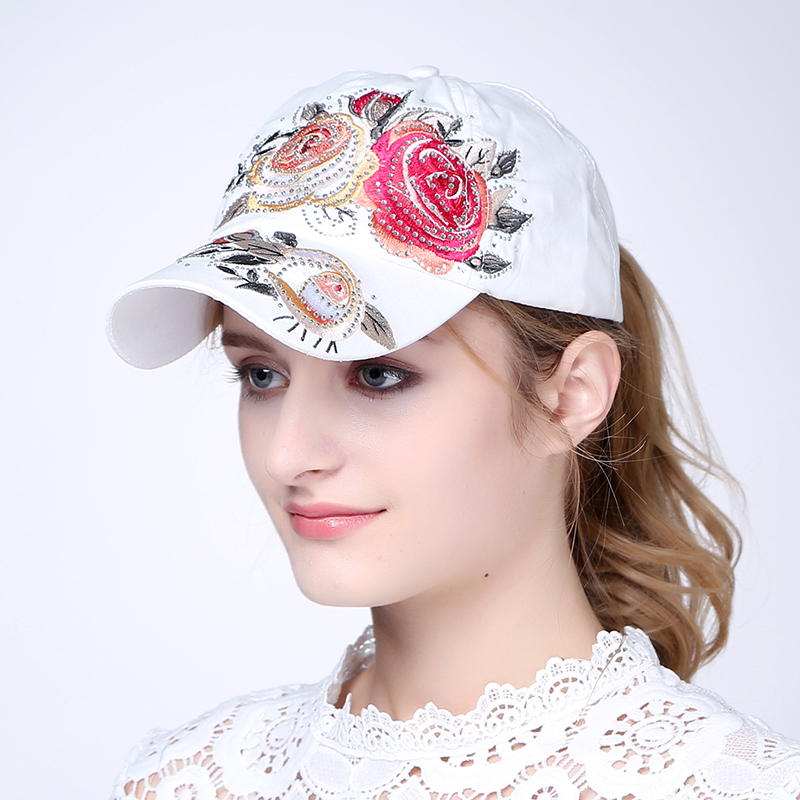 2017 Fashion Ladies Embroidered Baseball Cap Adjustable Cap Cap Summer Candy Color Female Hat adjustable letters embroidered baseball cap
