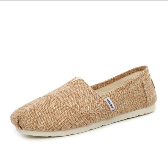 ผู้ชายขายดีในฤดูร้อนฤดูใบไม้ร่วงสบายๆรองเท้าขี้เกียจรองเท้า retro รองเท้าเดี่ยว