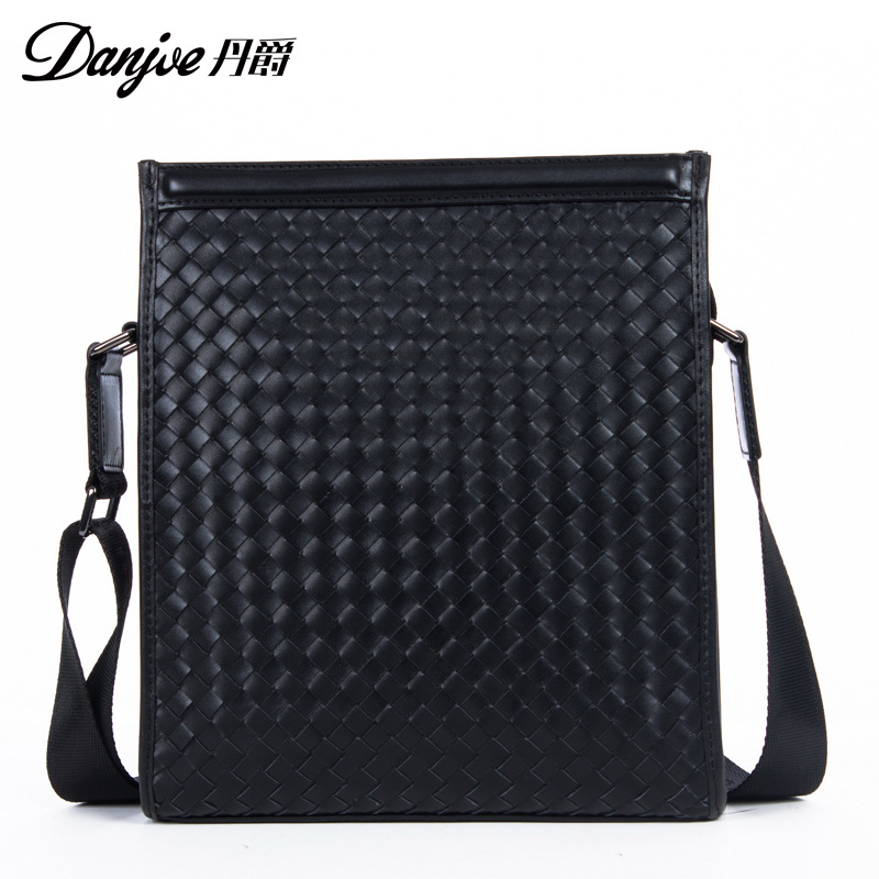 DANJUE 2018 Genuine Leather Messenger Bag Male Vertical Black Business Crossbody Bag Classic Zipper Casual Shoulder Men Bag