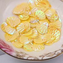 1000pcs/lot  13mm Shell sequins 2holes Yellow colors Jewelry Accessories cloth crafts confetti clothing