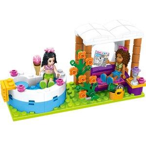 Image 4 - HUIQIBAO 675 шт друзья город плавательный бассейн аквапарк строительные блоки игрушки девушки друг Дом DIY Кирпичи игрушки друг