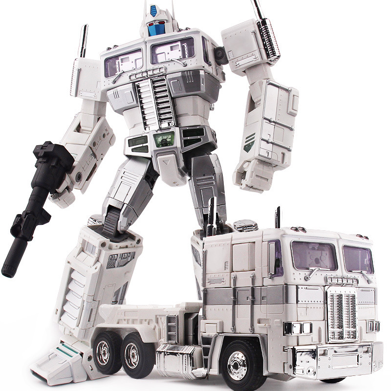 Weijiang Transformation metal Alloy Ultra Magnus MPP10W MPP10-White Commander KO MP10U Oversize AOE Evasion Action Figure new arrival weijiang m03 battle blades battle hornet mp21 transformation metal alloy part figure toys