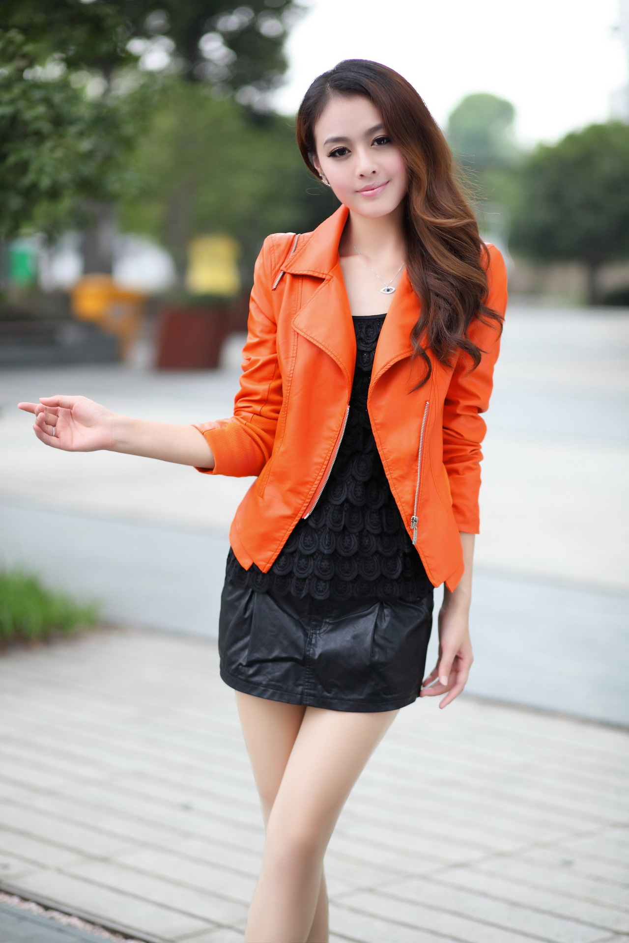 Leather jacket in summer - 2017 Spring And Summer New V Neck Long Sleeve Solid Color Zipper Pu Leather Ms