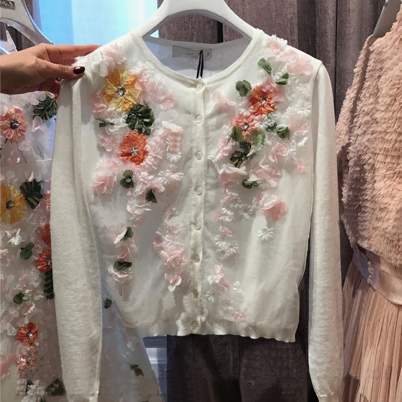 2018 Luxury Designer Brand Spring Knitted Cardigans Women 3D Flower Beading Diamante Embroidery Knitted Sweater White
