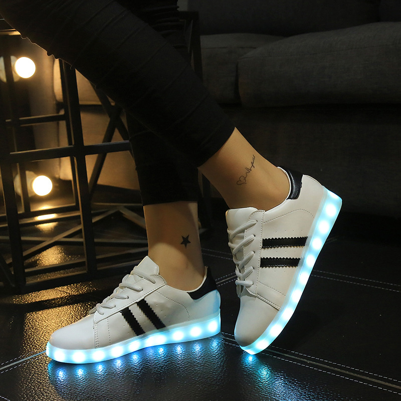 New High quality Led Shoes For Fashion Light Up Casual Shoes For Adults 7 Colors Outdoor Glowing Women light up shoes led shoes for adults women casual shoes 2016 new fashion men canvas shoes