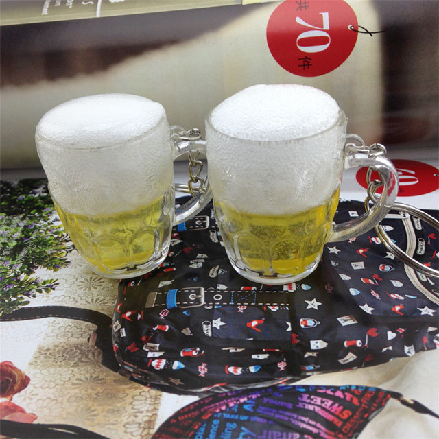 Hot Women Men Resin Beer Cups Simulation Food Handicraft Key Chain For Car Bag Key Rings Pendant Jewelry Accessories Gift