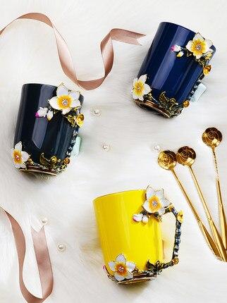 Creative personality cup ceramics mug fashion couple with spoon drinking  domestic coffee enamel