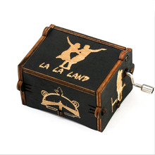 Game of Thrones Wood Music Box Antique Carved Harri Potter LA LA LAND Wooden Hand Crank Music Boxs Birthday Gift for Friend antique carved wood star wars game of thrones music box hand crank theme music welcome to sell friends cooperation