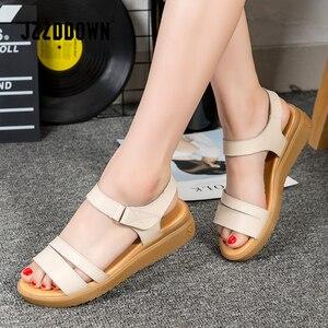 Image 5 - 本革の女性のフラットビーチサンダル靴の女性のプラットフォームスニーカーフリップ靴 2018 夏のファッションミッドヒール靴