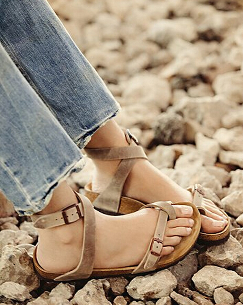 ФОТО Soft Black/Light Gray Flats Sandals Genuine Leather Buckle Strap Thong Sandals Charm Women's Summer Casual Flat Shoes Woman