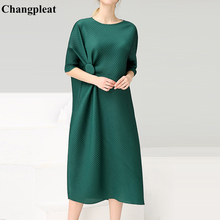 купить Changpleat 2019 New Summer Women Dresses Miyak Pleated Fashion One button design Solid Loose Large Size O-neck Female Dress Tide по цене 4636.69 рублей