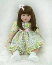 Muñeca reborn  vestido Elegante con Flores