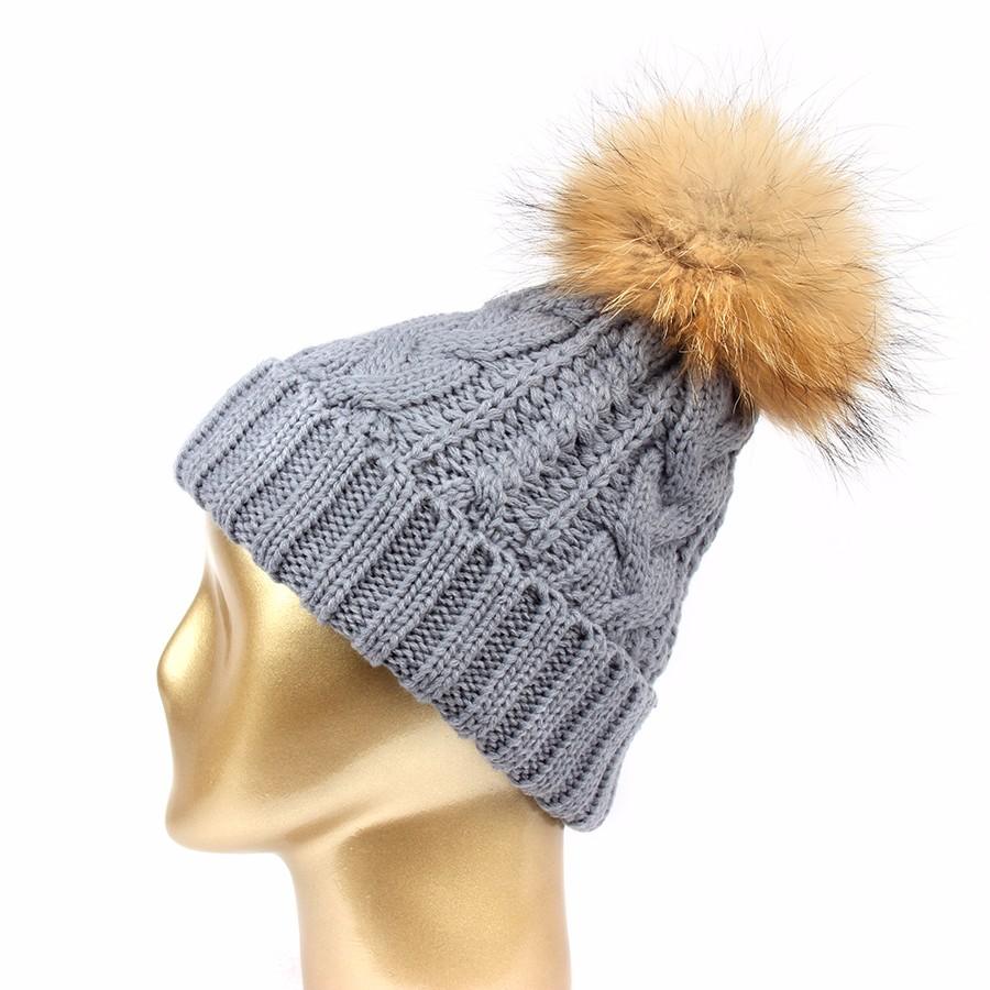 hat female CAP6A18  (1)