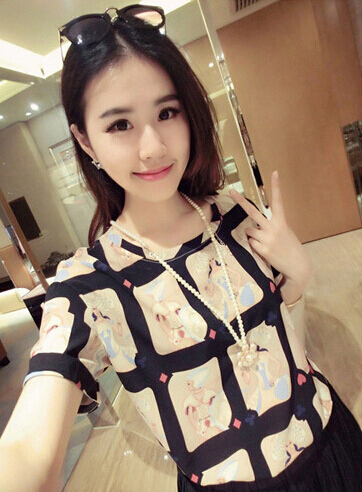 Women Fashion Printing Tops Loose Short-sleeved Chiffon Shirt