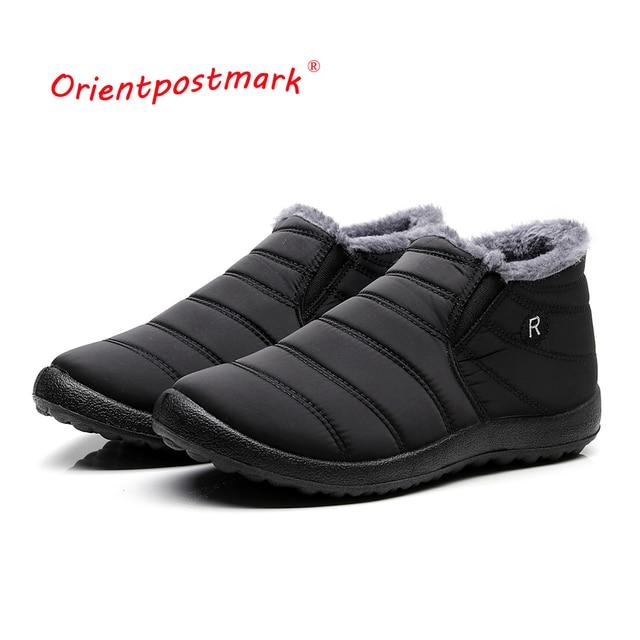 รองเท้าบู๊ตฤดูหนาว Unisex คู่ใหม่สีทึบผู้ชายรองเท้าบู๊ตหิมะภายใน Anti Skid ด้านล่างกันน้ำรองเท้า