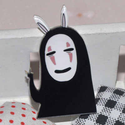 1 Pcs Kawaii Harajuku Gaya Jepang Tidak Ada Wajah Pria Acrylic Bros Anime Pakaian Lencana Dekoratif Rozet Kerah Syal Kerah Pin bros