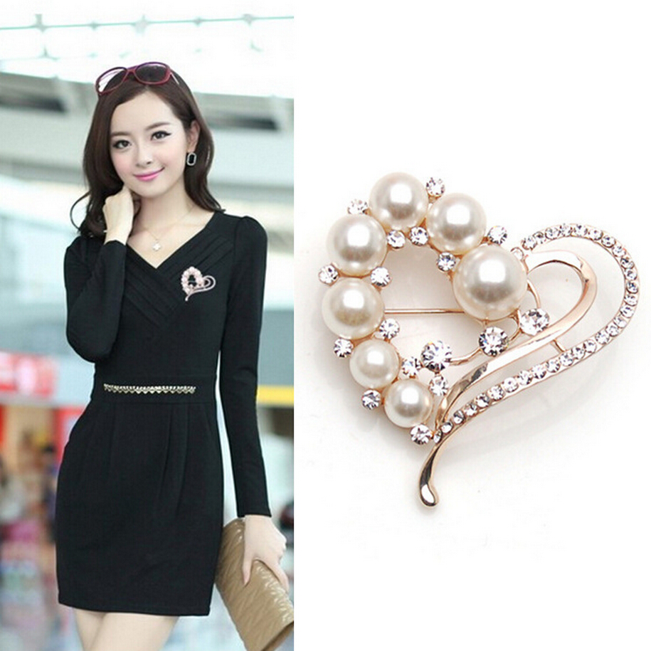 fashion Sweet Peach Heart Shape imitation Pearl Rhinestone White Crystal Brooch Pins Jewelry For Scarves Clips Women Wedding