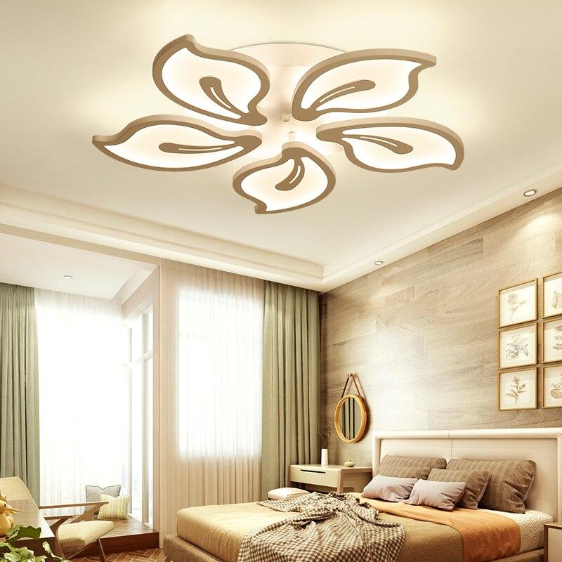 Simple Scandinavian Dining Room Ideas 10: French Nordic Scandinavian Small Acrylic Iron Bedroom