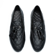 LOUBUTEN Luxury Black Leather Loafers Fashion Round Toe Slip-on Man Shoes Noble Plaid Tassel Men Dress Shoes Casual Flats loubuten loafers men slip on suede leather shoes mens loafers with bow knot luxury dress shoes fashion men s smoking flats