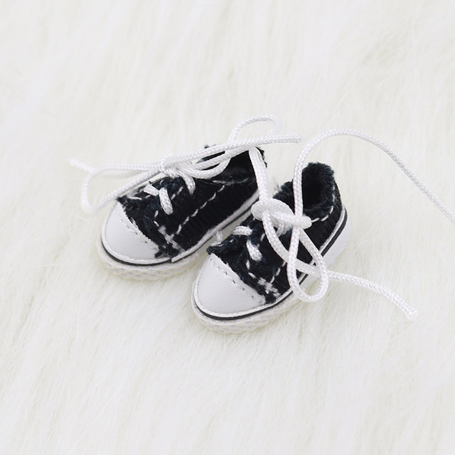 Middie Blythe Doll Canvas Shoes