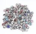 Al por mayor caliente 50 unids/lote Mezclar Muchos estilos 12mm Botón A Presión de Metal de Alta calidad Rhinestone Del Encanto Estilos relojes Botón de Encaje joyería