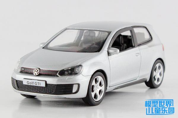 1PC 12.5cm Kinsmart Alloy model car toys 1:36 Volkswagen golf children gifts