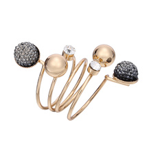 0ee8a0c8ee38 Anillo de dedo índice de diseño de marca de moda joyería de mujer de forma  redonda espiral cristal decoración Anel anillo femeni.