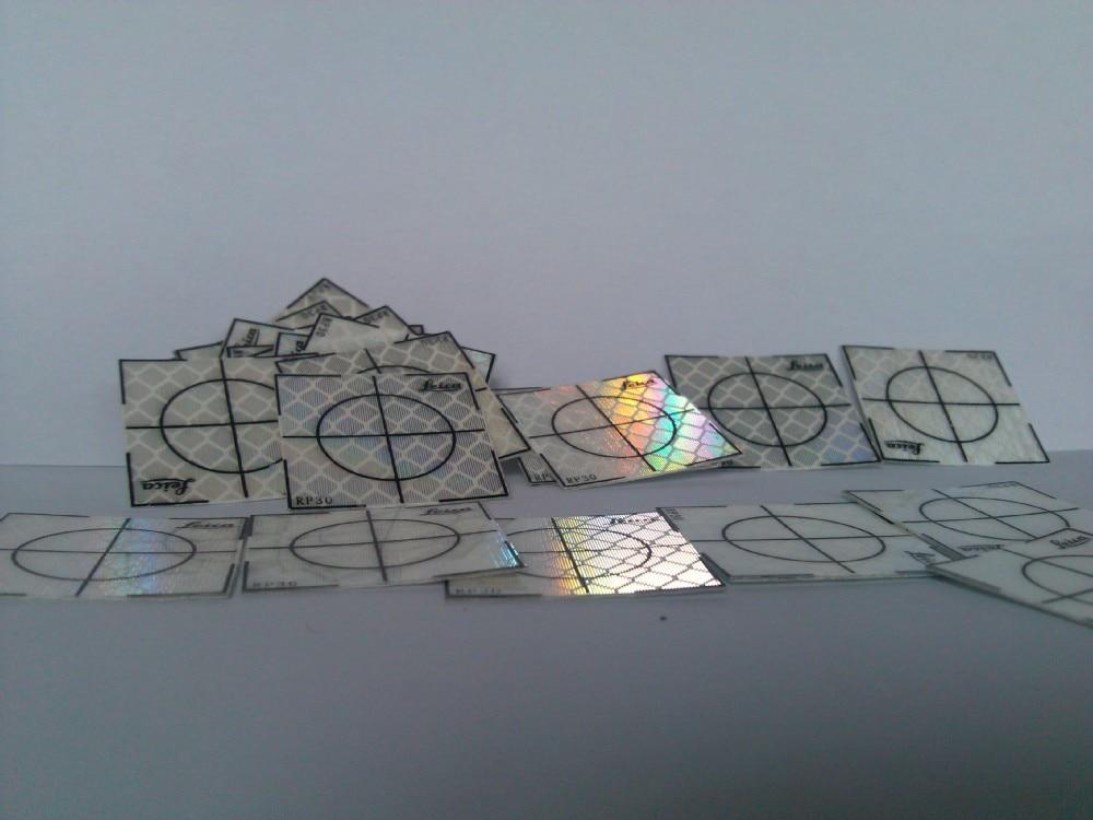 100 pezzi Foglio riflettente 30 x 30 mm (30x30) Stazione totale - Strumenti di misura - Fotografia 3