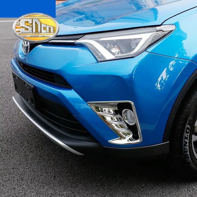 Prix pour Pour Toyota RAV4 2016 2017 ABS Chrome Styling De Voiture Avant Antibrouillard arrière Lumière Couvercle De La Lampe Garniture Réflecteur Garnir Ombre Cadre SNCN