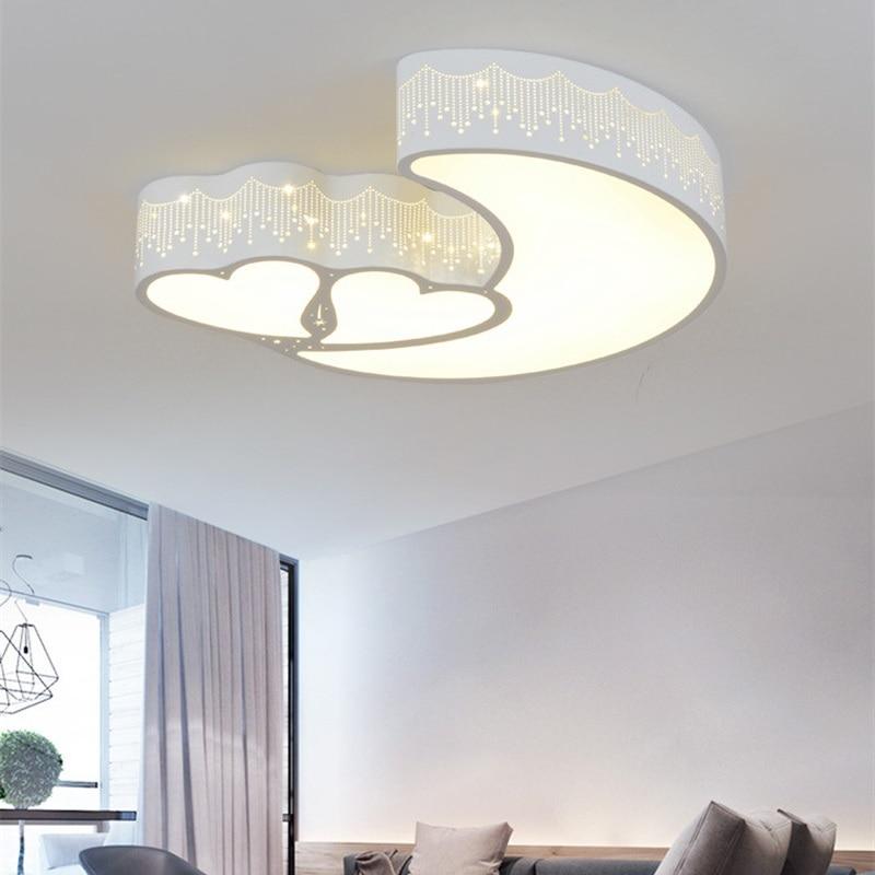 Modern minimalist heart-shaped moon ceiling lamp wrought iron cartoon lamp for children room kindergarden wedding room bedroom