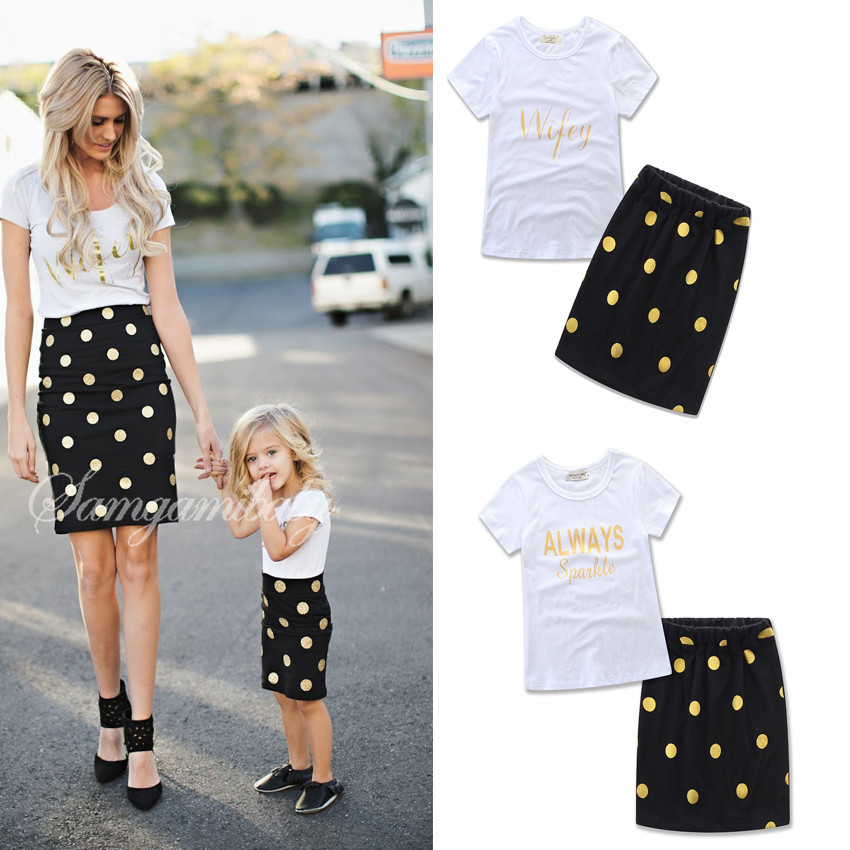 Mom Daughter Informal Outfit Summer time Mom Daughter Clothes Set Household Matching Outfits Letter T-shirt+Polka Dots Skirt DS29 Matching Household Outfits, Low cost Matching Household Outfits, Mom Daughter Informal...