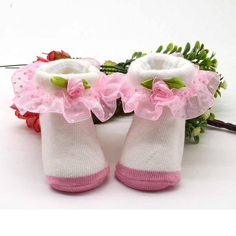 תינוק גרבי יילוד ילדה Bowknots גרבי תינוק בנות 1 זוג תחרה פרחוני נעלי 0-6 M פעוטות תינוקות כותנה קרסול קשת גרבי Le