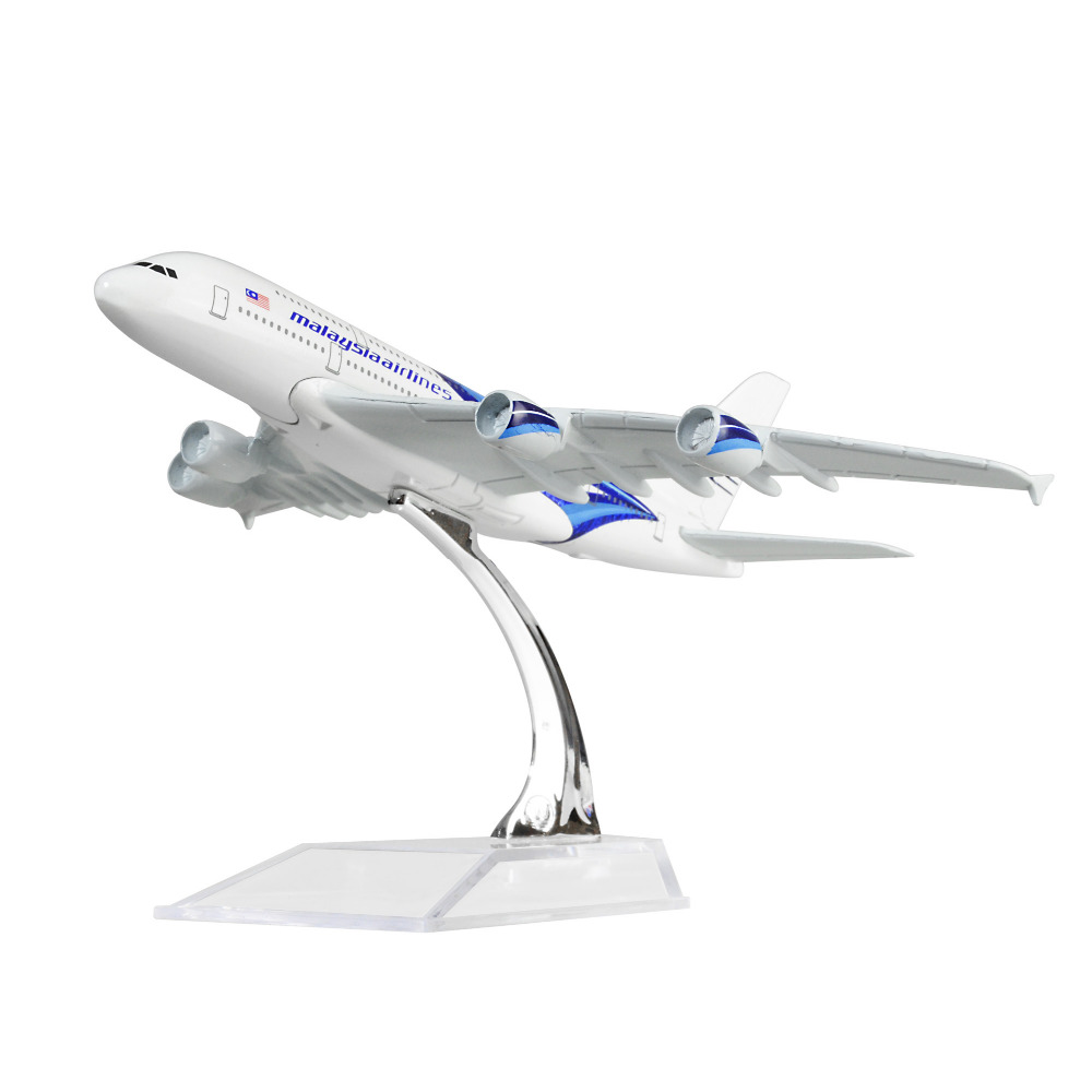 MALAYSIA AIRLINES SYSTEM BERHAD A380 16cm 16cm airplane models child Birthday gift chiristmas plane models toys Free Shipping