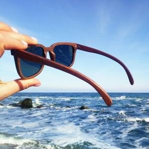 Image 4 - BOBO BIRD Black Walnut Wooden Men Sunglasses Polarized Vintage UV Protection Eyewear Women Bamboo Sun Glasses in Wooden Gift Box