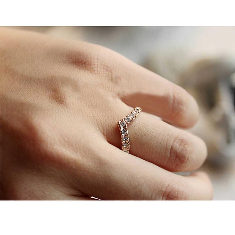 شيك موضة الخامس على شكل مشرقة كريستال الدائري للنساء محظوظ الإناث مجوهرات الزفاف خواتم رومانسية الزركون العصرية عيد الميلاد مجوهرات