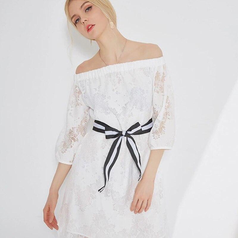 2019 été femmes robe slash cou mini sexy robe mode lanterne manches dentelle robes de soirée nouveau blanc noir femme sexy robes