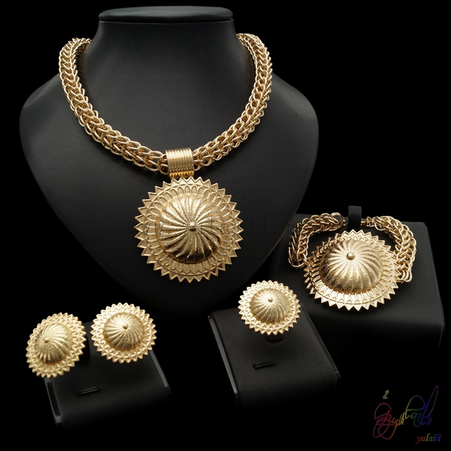 Free Shipping Yulaili New Factory Gold-color Zinc Alloy Fashion Big Pendant African Jewelry Sets For LadiesFree Shipping Yulaili New Factory Gold-color Zinc Alloy Fashion Big Pendant African Jewelry Sets For Ladies