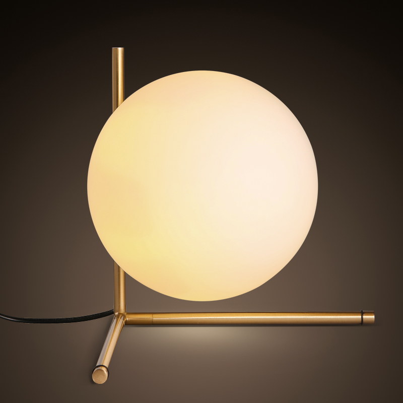 modern style glass ball tabel lamp Scandinavian minimalist bedroom bedside lamp personalized decoration ball lamp