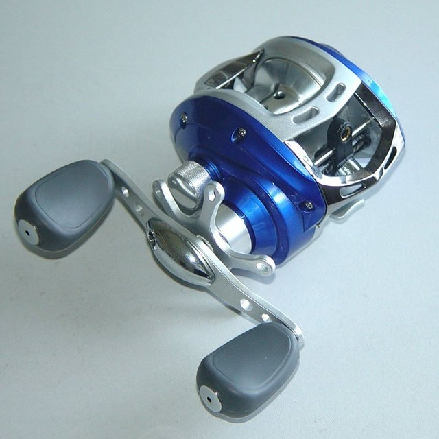 Free shipping,New Arrival 2011 Latest Baitcasting Fishing Reel 10 BB, Right,Red/Blue/Gray