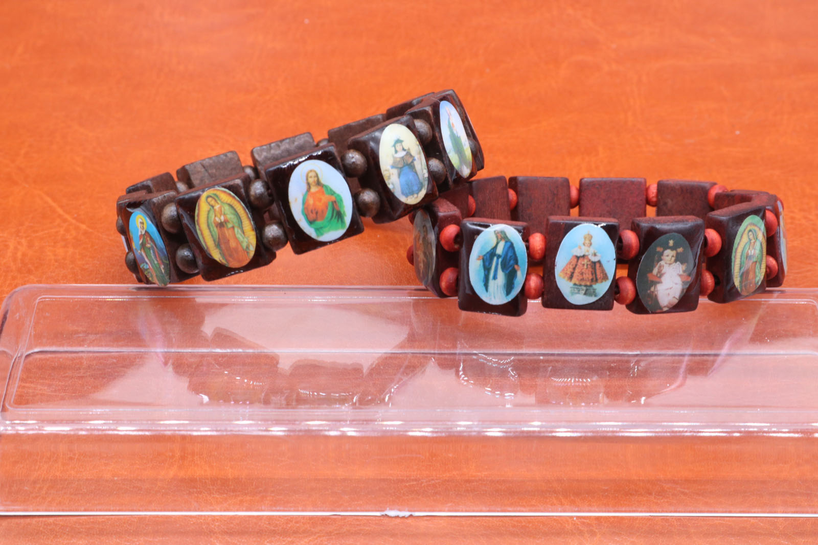 Religious fashion extends the wooden sacred buddhist prayer beads for women's jewelry wholesale.