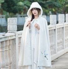 2017 new Chinese real winter wind Han Embroidery elements long hooded cloak with Velvet Cloak coat manteau femme doudoune femme